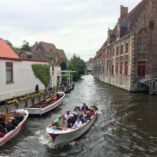 belgica-bruges-canais-barcos.jpg